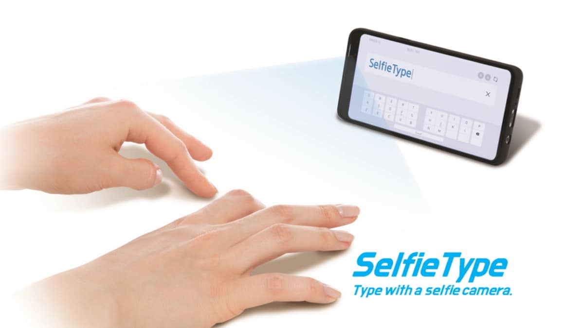 CES 2020: Samsung to Showcase Futuristic Keyboard That Lets You Type With Phone's Selfie Camera and AI