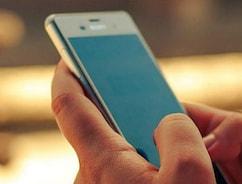 आधार नंबर और पैन कार्ड को SMS के जरिए भी कर सकते हैं लिंक, आज है आख़िरी तारीख़