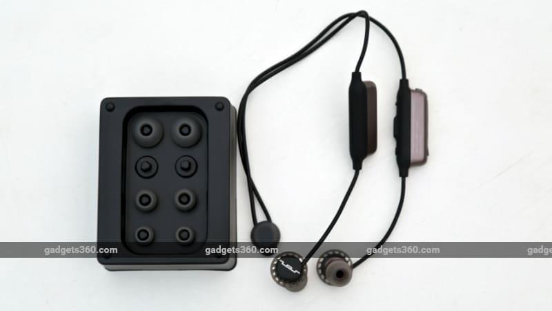 SolRepublic Inline1 Sol Republic Relays Sport Wireless