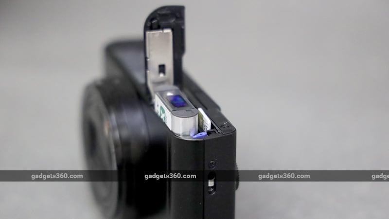 Sony Cyber shot DSC WX800 battery ndtv sony