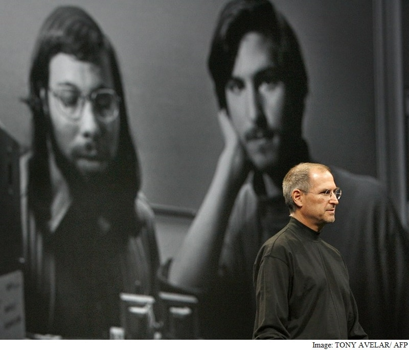 Apple Still a Star Without Steve Jobs, but Doubts Linger