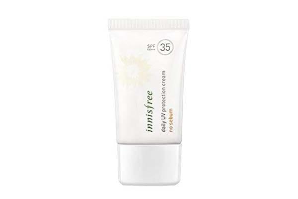 Sunscreen for oily skin in India Innisfree Sunscreen No Sebum