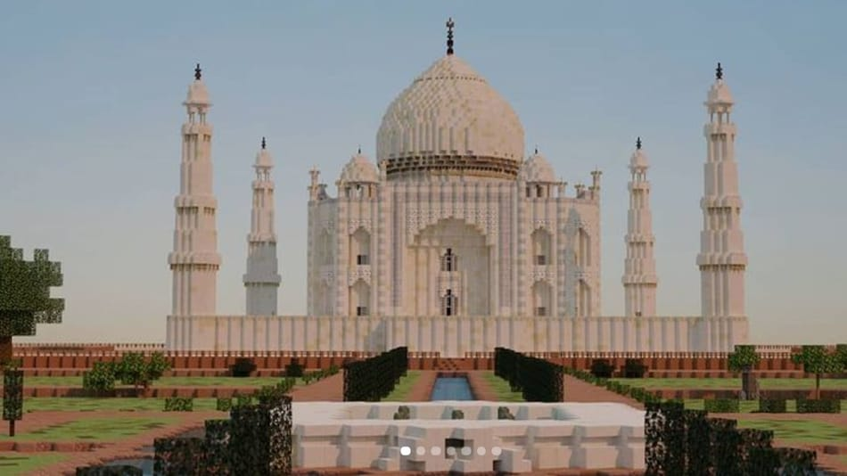 Taj Mahal Created in Minecraft Game Is Strikingly Similar to the Real One