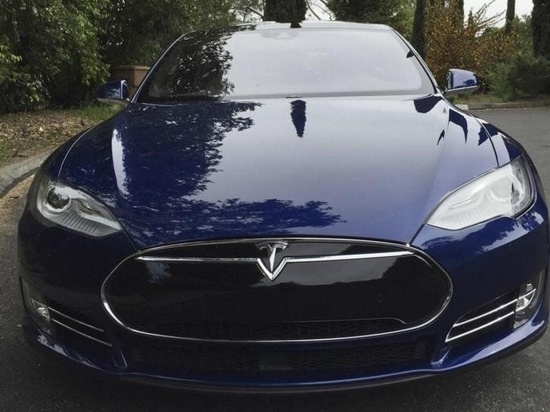 Germany Asks Tesla to Stop Using 'Misleading Term' Autopilot
