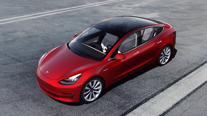 Tesla Debuts $35,000 Model 3, Makes Global Sales Online-Only
