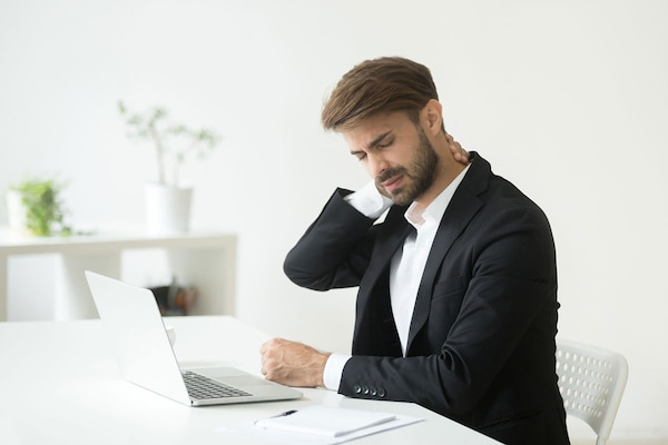 Tips To Ensure A Correct Posture While You Work From Home