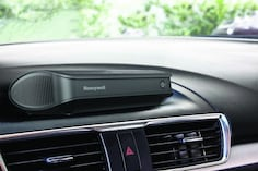 Best Car Air Purifier in India 2020 for Pollution Free Drive (Review & Buying Guides)