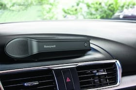 Best Car Air Purifiers : Buying Guide And The Best Brands At The Best Price