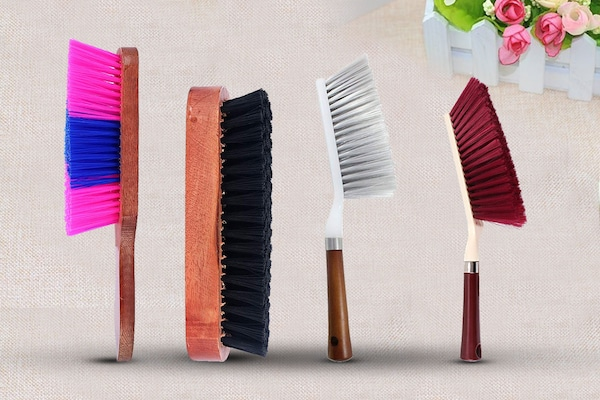 Best Upholstery Cleaning Brushes: For Cleaner Carpets And Sofas