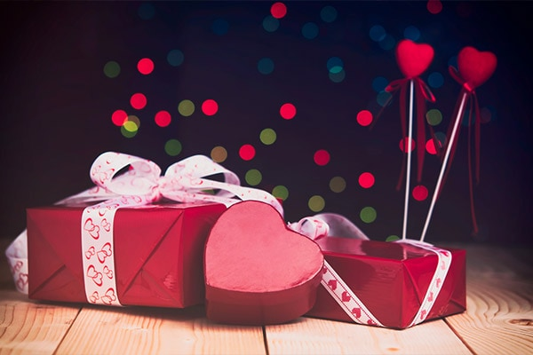 Valentine Day Gift Ideas Pick Best Valentine Day Gift For Him Her