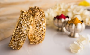 Dhanteras 2017:Why BUY Metal On Dhanteras? Also, Find Out What NOT To Buy on Dhanteras