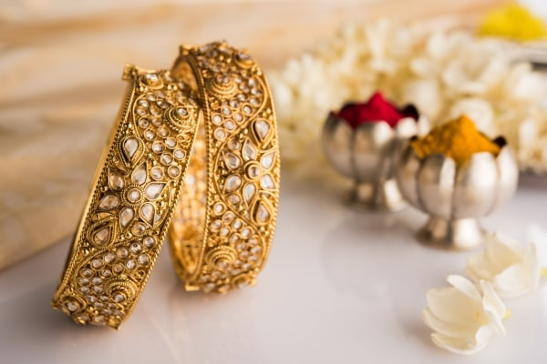 Dhanteras 2018:Why BUY Metal On Dhanteras? Also, Find Out What NOT To Buy on Dhanteras