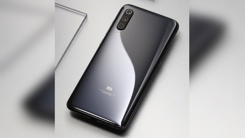 Mi 9 Triple Camera Setup Officially Detailed, Space Grey Variant Showcased