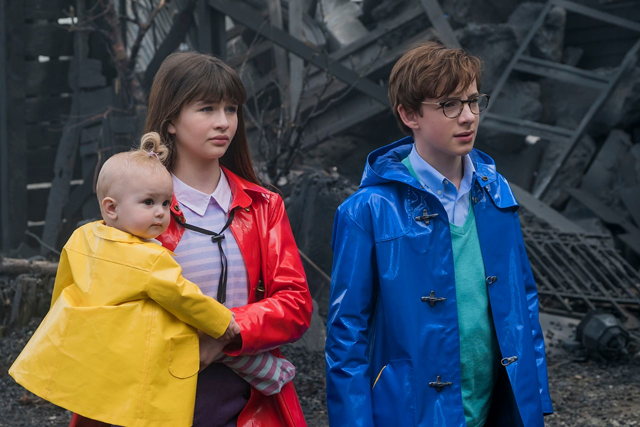 a series of unfortunate events review netflix 03 A Series of Unfortunate Events review Netflix
