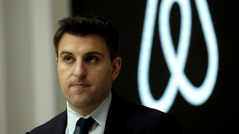 Airbnb to Pay Hosts $250 Million for COVID-19 Cancellations