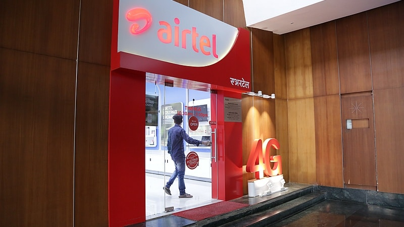 airtel shop door gadgets 360 Airtel recharges with up to 1.5GB data per day
