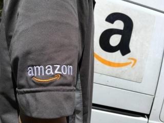 Amazon's Mahatma Gandhi Flip-Flops Spark Fresh Outrage in India