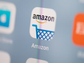 Amazon Says French Clients to Bear Cost of France's New Digital Tax