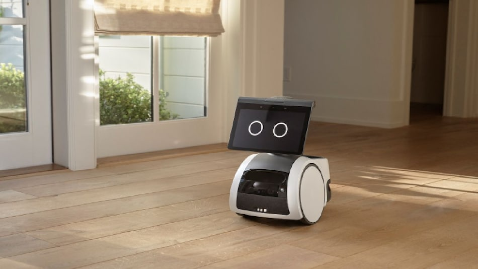 Amazon Astro Robot With Rotating Screen Mounted on Wheels, Alexa Support Launched