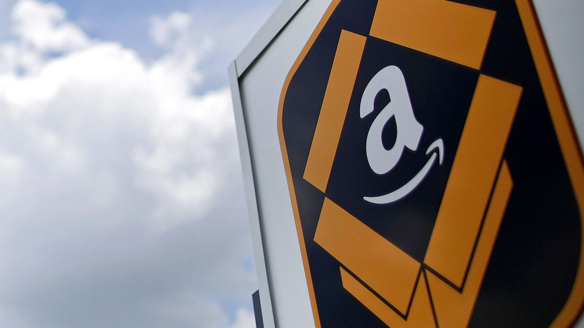Amazon Workers Plan Prime Day Strike Despite $15-an-Hour Pledge