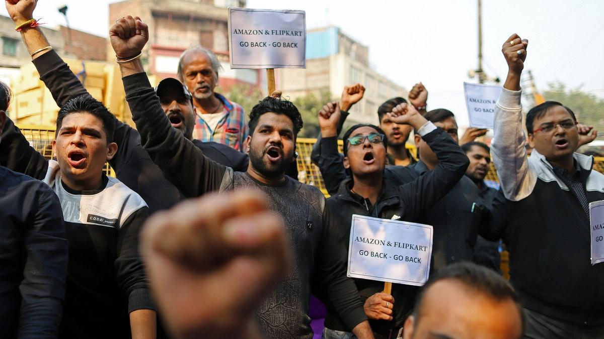 Amazon, Flipkart Face the Ire of 70 Million Indian Shopkeepers
