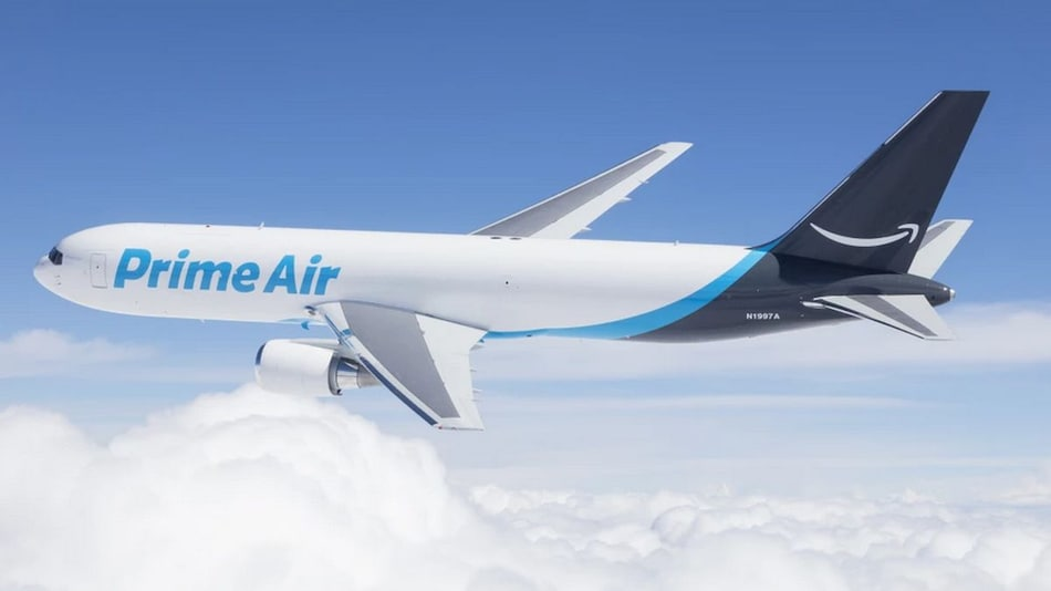 Amazon Buys 11 Boeing Jets for First Time to Ship Orders Faster