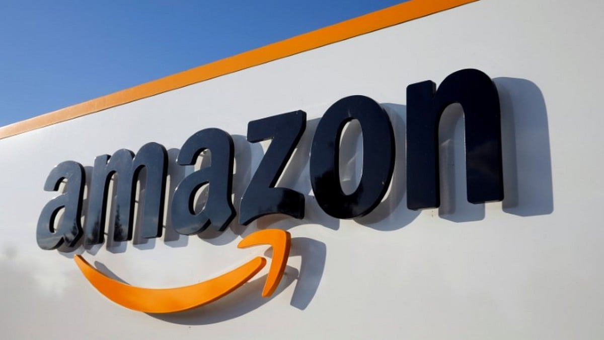 Protester arrested at Jeff Bezos Amazon event