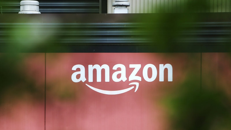 Amazon to Invest in French Firm's Technology for Self-Driving Forklifts