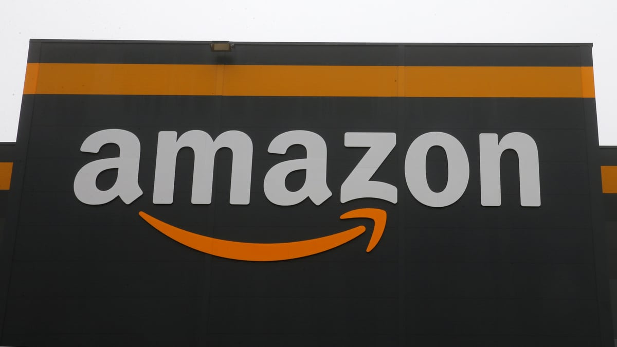 Amazon Drops Grocery Delivery Fee for Prime Members in the US as Competitors Close In