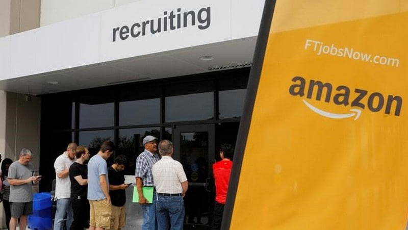 Amazon Raises Minimum Wage to $15 for US Employees, Urges Rivals to Follow