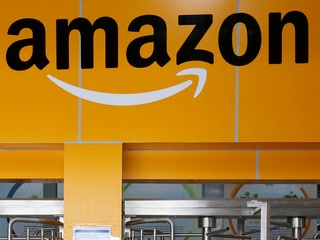 Amazon Accused of 'Harassing and Hostile' Work Conditions by Muslim Women