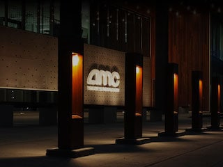 AMC Theatres Jumps On to the Bitcoin Bandwagon, Will Accept Cryptocurrency for Movie Tickets