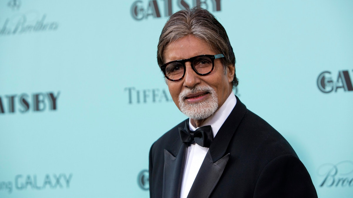 Amitabh Bachchan Gets Trolled for Sharing Fake News on Twitter ...