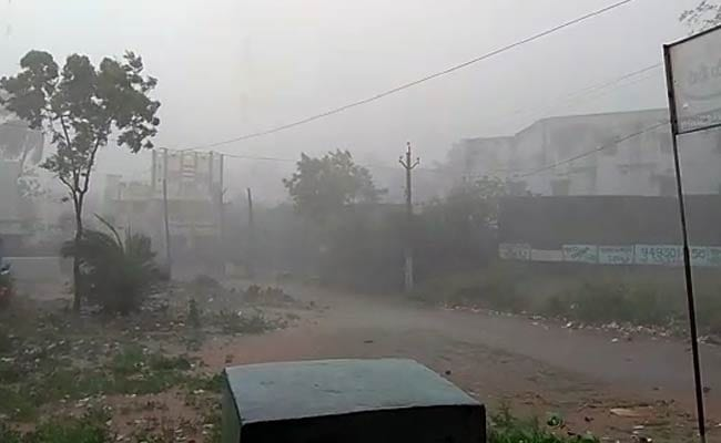 Lightning Kills 8 In Andhra Pradesh, 3 In Telangana; Alert Issued