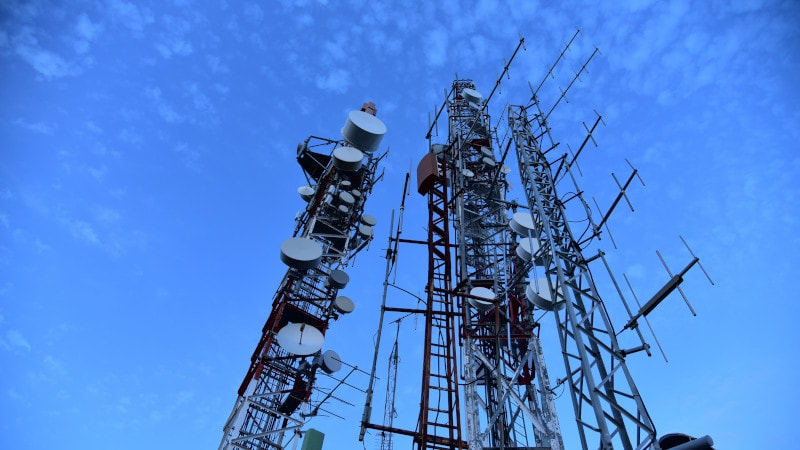Newly Discovered LTE Vulnerabilities Could Allow Eavesdropping: Researchers