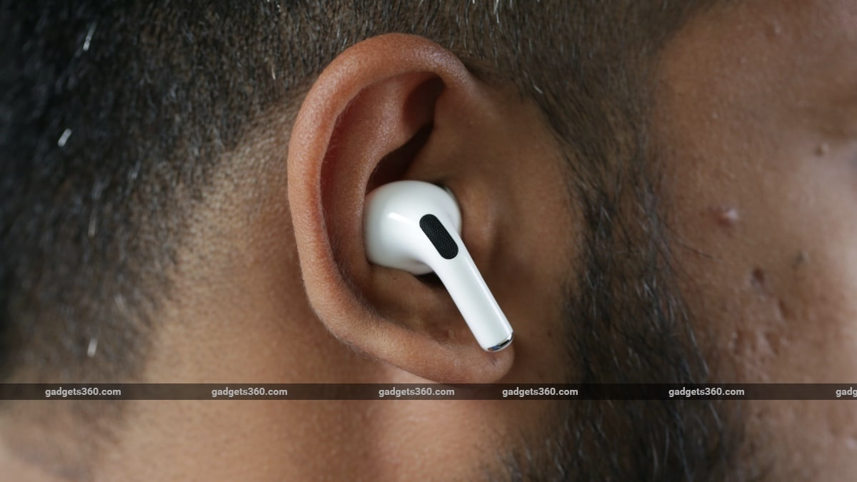 apple airpods pro review in ear Apple AirPods Pro