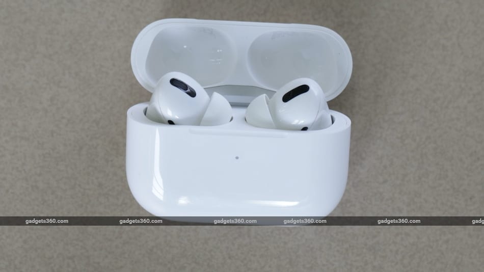 Apple AirPods Pro (2nd Gen), iPhone SE (3rd Gen) to Launch in April 2021: Report