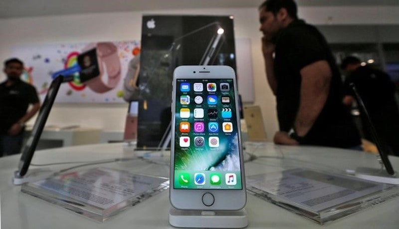 Is Apple trying to imbibe its footprints in India?