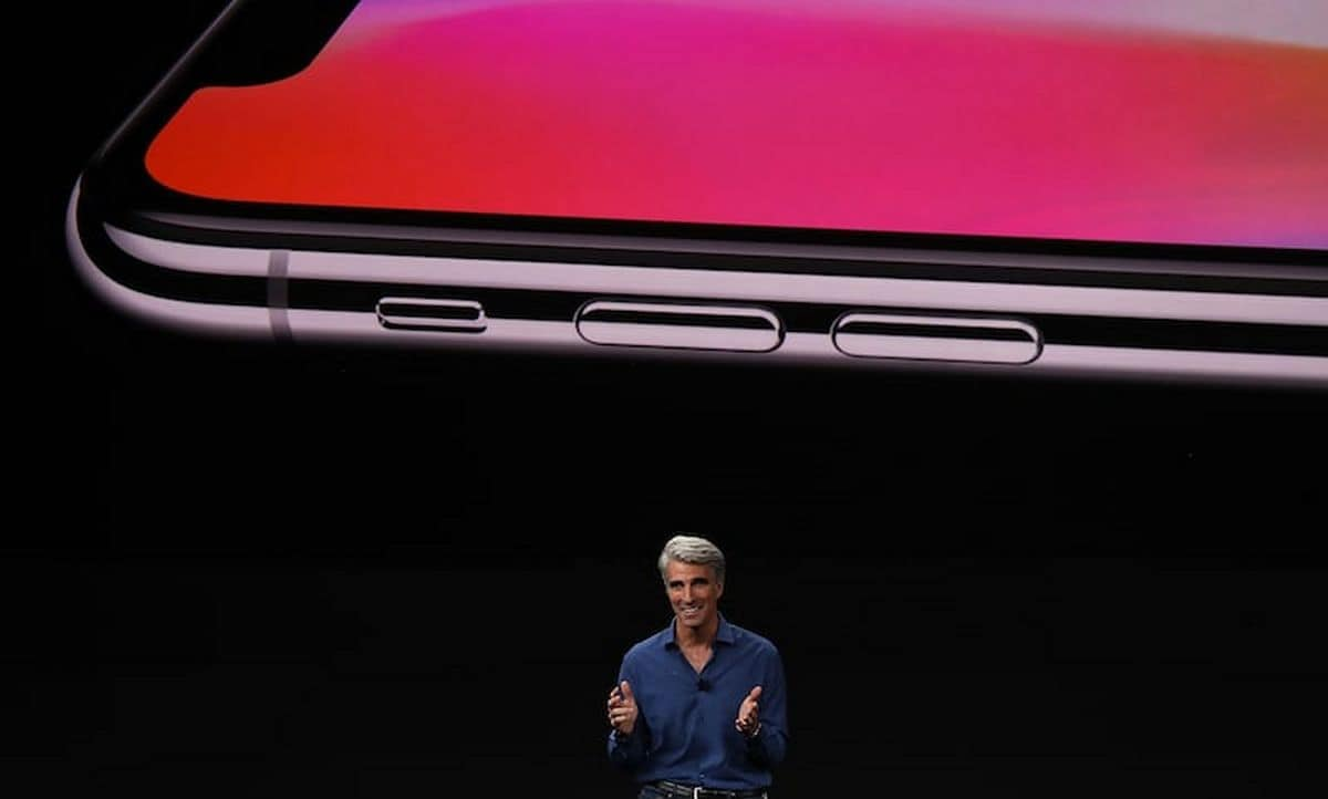 Apple's Craig Federighi Responds to Sundar Pichai's 'Luxury Good' Dig