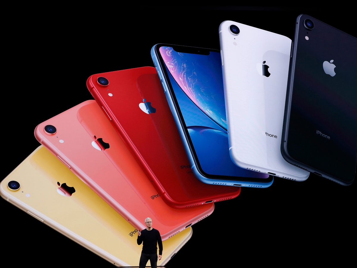 iPhone XR Will Be More Popular Than iPhone 11, IDC Predicts