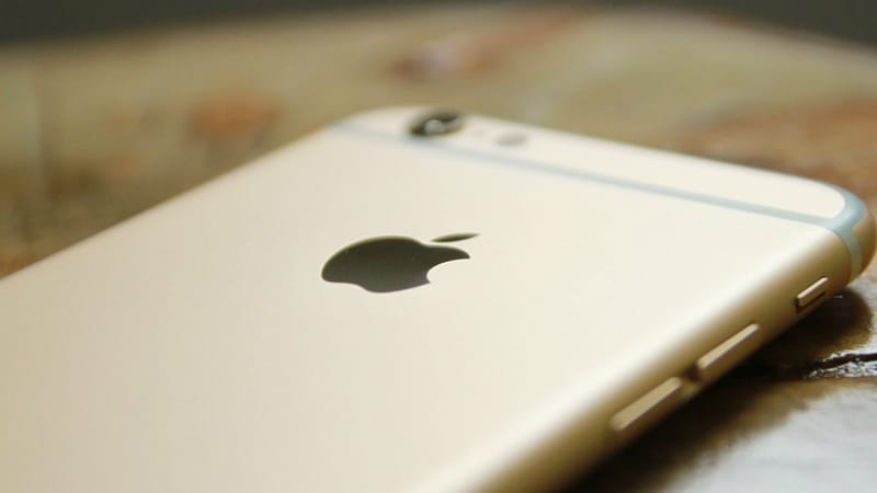 iPhone 8 Wireless Charging Tech Being Tested by Foxconn: Report
