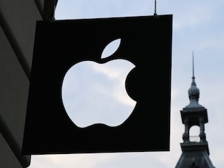 Apple's Slowing of iPhones Being Probed by US DOJ, SEC: Reports