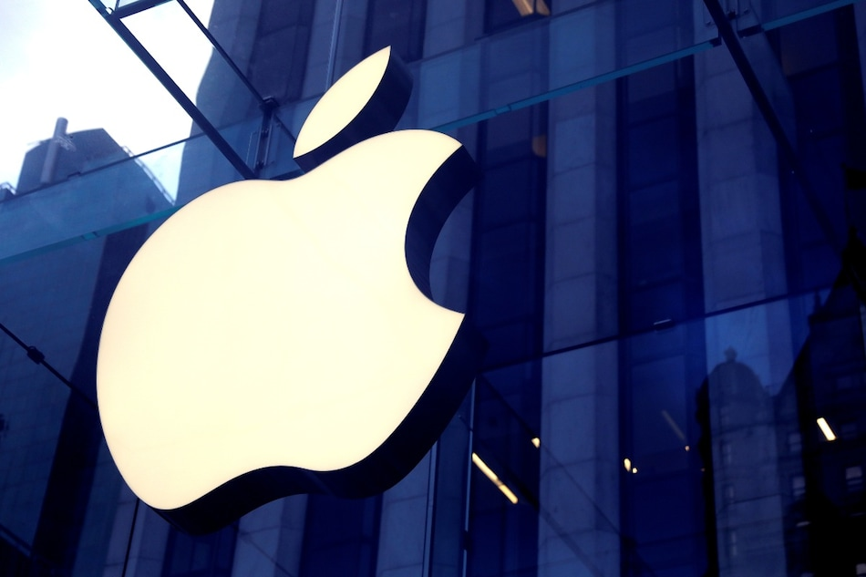 Apple to Launch Over-Ear Headphones With Swappable Magnetic Parts Later This Year: Report