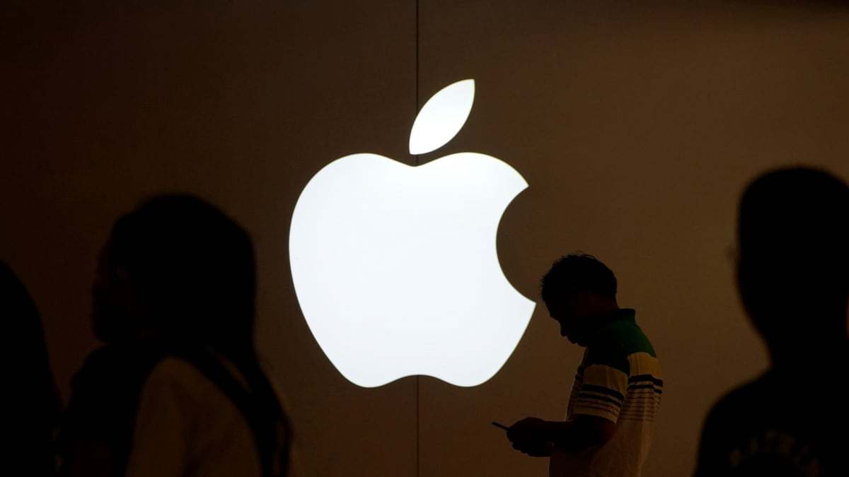 Apple Said to Have a Secret Team Working on Satellites to Beam Data to Devices