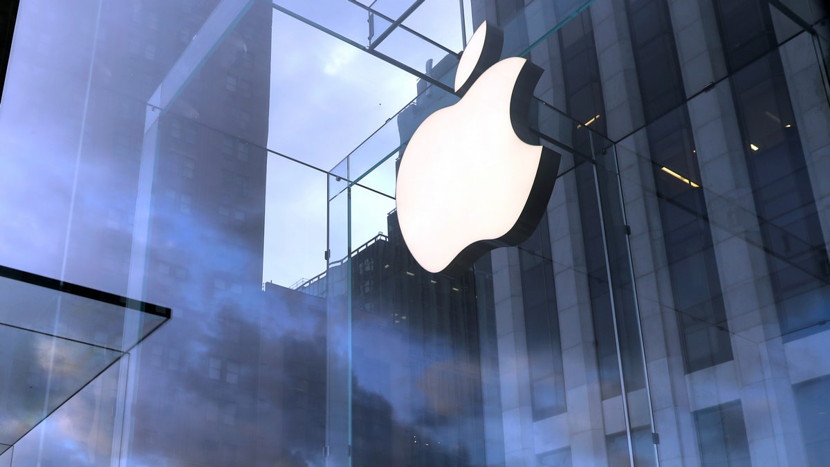 iPhone App Makers Said to Be Questioned in US Antitrust Probe of Apple