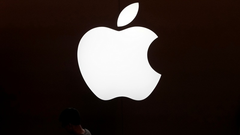 Apple to Miss Sales Expectations, Dow takes a Hit