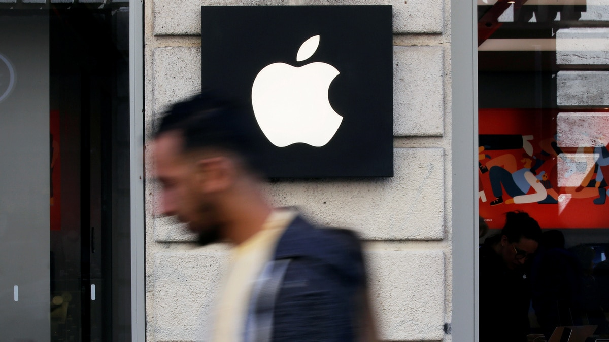 Apple Sued by 2 Developers Over App Store Practices
