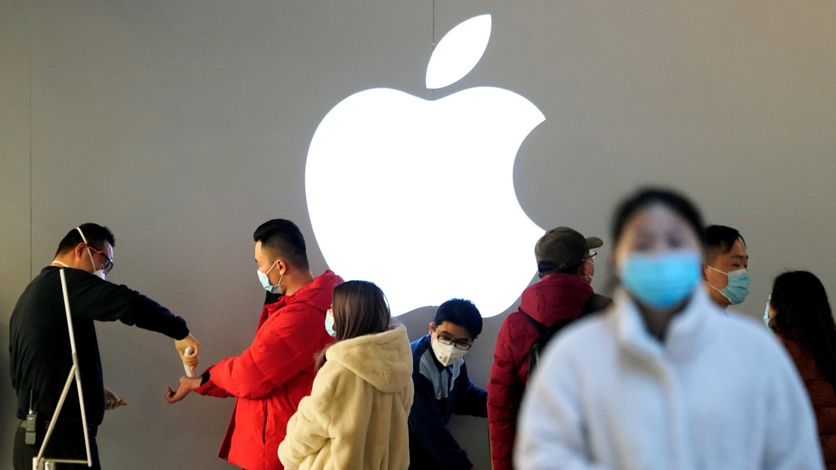 COVID-19: Apple Sends Care Packages to Its Employees in China