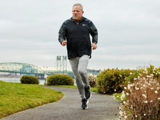 Apple Watch Helped Alert 58-Year Old Bob March of His Inconsistent Heart Rate, Potentially Saving His Life
