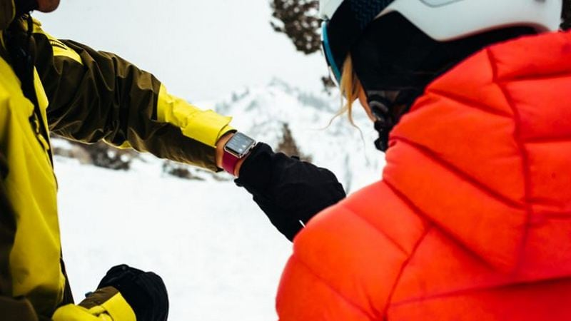 Apple Watch Can Now Track Skiing, Snowboarding